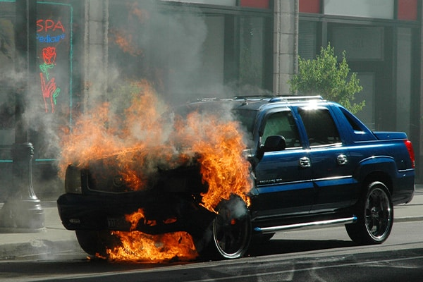 personal injury lawyer can help with burn injury cases